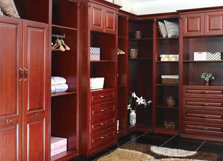 整体衣柜在现代装修中有哪些优势